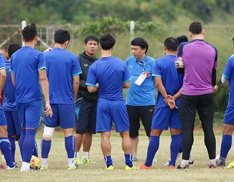 DTVN: Huu Thang lam 100 phong vien o Indonesia bat ngo - Anh 3