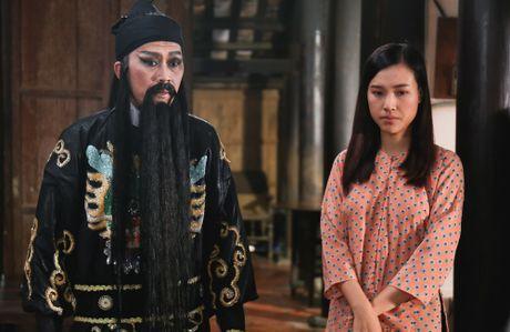 A Hau Hoang Oanh bi bat gap yeu nguoi da co con rieng - Anh 2