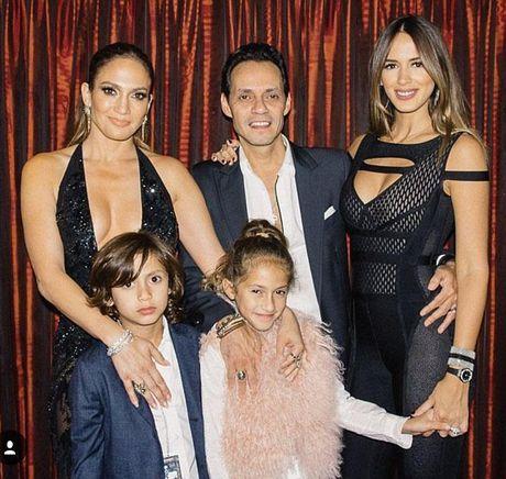 Bo vo tre, Marc Anthony muon noi lai tinh xua voi Jennifer Lopez - Anh 10