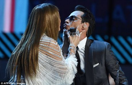 Bo vo tre, Marc Anthony muon noi lai tinh xua voi Jennifer Lopez - Anh 1