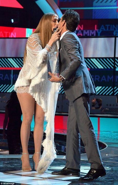 Bo vo tre, Marc Anthony muon noi lai tinh xua voi Jennifer Lopez - Anh 2