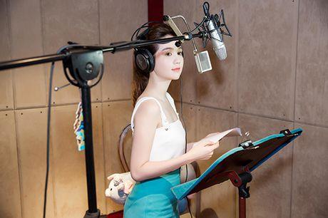 Ngoc Trinh bat ngo tham gia long tieng cho voi Meena trong 'Dau truong am nhac' - Anh 3