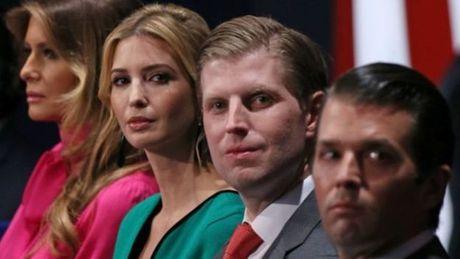 Ong Trump tuyen bo 'bo kinh doanh' de lam tong thong - Anh 1