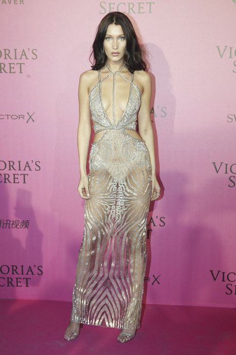 Xiem y 'mac nhu khong' cua dan mau tai tiec hau Victoria's Secret - Anh 14