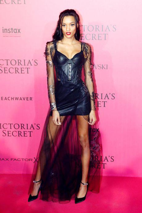 Xiem y 'mac nhu khong' cua dan mau tai tiec hau Victoria's Secret - Anh 8