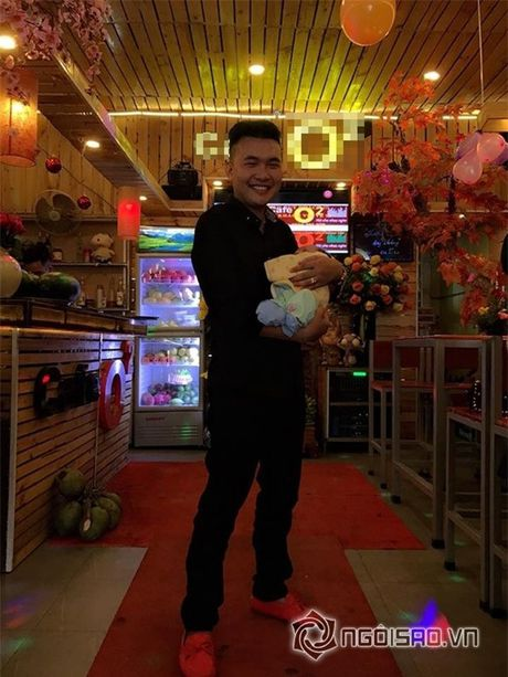 """Hiep Ga to chuc tiec day thang tung bung cho con trai mac scandal bi to """"bung tien"""" - Anh 6"""