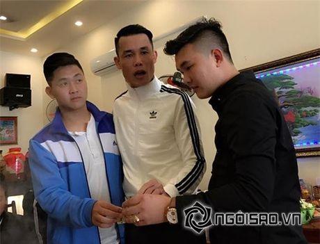 """Hiep Ga to chuc tiec day thang tung bung cho con trai mac scandal bi to """"bung tien"""" - Anh 9"""