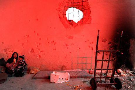 Cuoc song ben trong khu vuc do quan chinh phu kiem soat o Aleppo - Anh 5