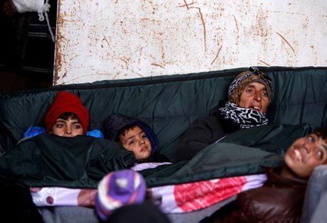 Cuoc song ben trong khu vuc do quan chinh phu kiem soat o Aleppo - Anh 7