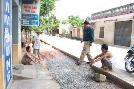 Can khan truong khac phuc hu hong tai tinh lo 515 - Anh 1