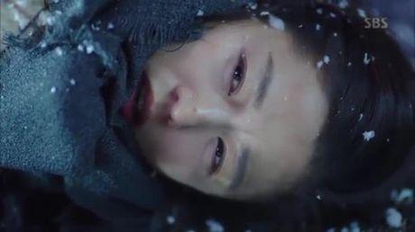 Jun Ji Hyun bat ngo bi tai nan xe hoi, tinh mang ngan can treo soi toc - Anh 10