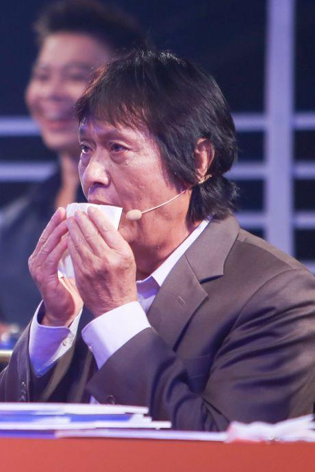 Quang Ly tung tron vien, gang guong lam viec nhung ngay cuoi doi - Anh 4