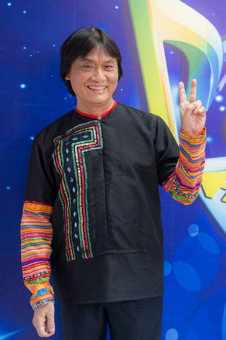 Quang Ly tung tron vien, gang guong lam viec nhung ngay cuoi doi - Anh 7