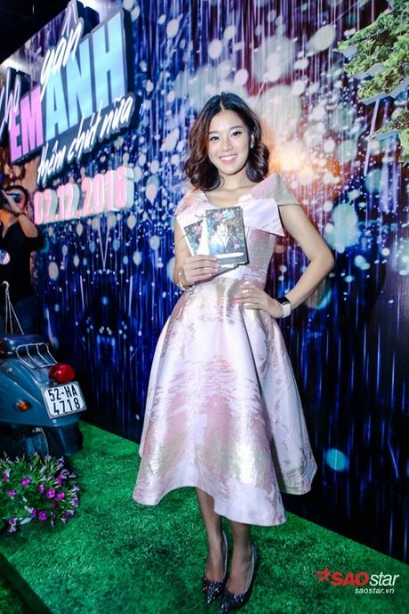 Dien dam trang, Pham Huong hoa cong chua tinh khoi di ra mat phim - Anh 14