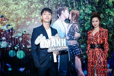 Dien dam trang, Pham Huong hoa cong chua tinh khoi di ra mat phim - Anh 6
