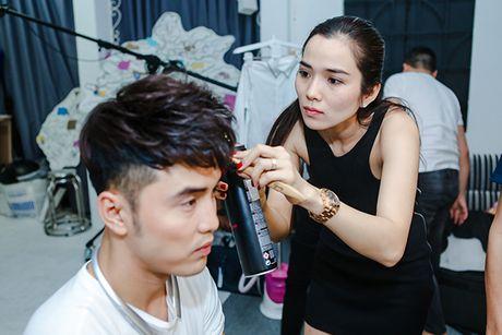 Nhin Kim Cuong cham soc Ung Hoang Phuc, ai chang muon mot to am hanh phuc nhu nay - Anh 1