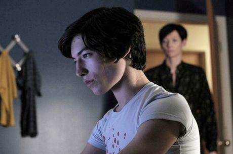Ezra Miller - Chang trai song tinh tai nang cua Hollywood - Anh 5