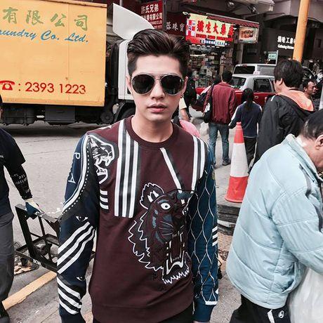 Bi mat sang Hong Kong, Noo Phuoc Thinh mong ngong tung gio de xuat hien tren tham do MAMA - Anh 1