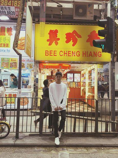 Bi mat sang Hong Kong, Noo Phuoc Thinh mong ngong tung gio de xuat hien tren tham do MAMA - Anh 4