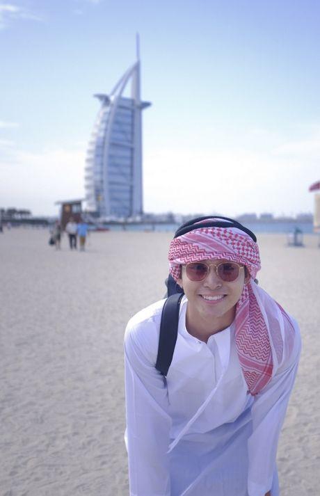 'Soai ca' Jun Pham 'xi tin' het co tai Dubai - Anh 4