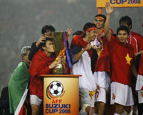 Cuu tuyen thu Thach Bao Khanh: 'DT Viet Nam co the du World Cup trong 10-15 nam toi' - Anh 5