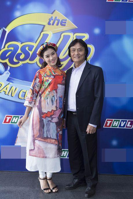Hinh anh NSUT Quang Ly vui ve tham gia gameshow cuoi cung truoc khi qua doi - Anh 2