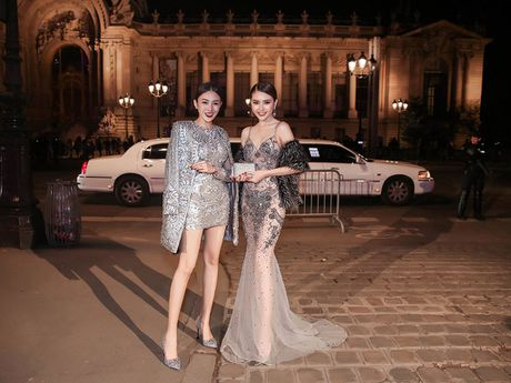Ngoc Duyen - Le Ha di sieu xe xem show Victoria's Secret - Anh 1