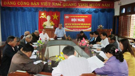 Dong Giang: Hoi nghi gop y de an 'Bao ton va phat trien van hoa Cotu' - Anh 1