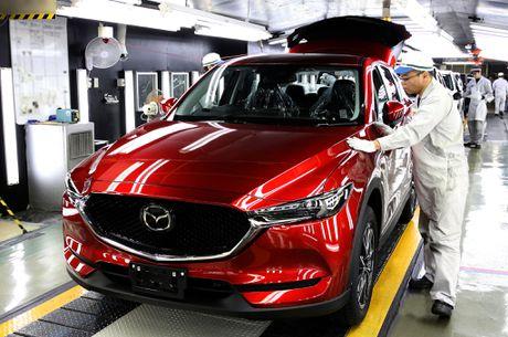 Mazda CX-5 2017 dau tien xuat xuong tai Nhat Ban - Anh 2