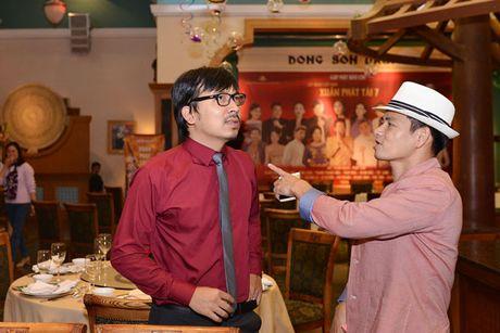Xuan Bac chi mat Cu Trong Xoay, dut banh cho Thanh Thanh Hien - Anh 1