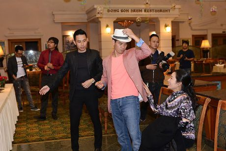 Xuan Bac chi mat Cu Trong Xoay, dut banh cho Thanh Thanh Hien - Anh 2
