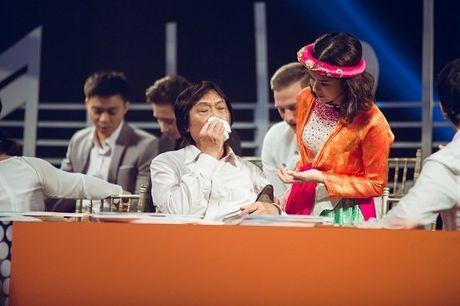 Ca si Quang Ly tung giau benh, tron vien di quay gameshow - Anh 2