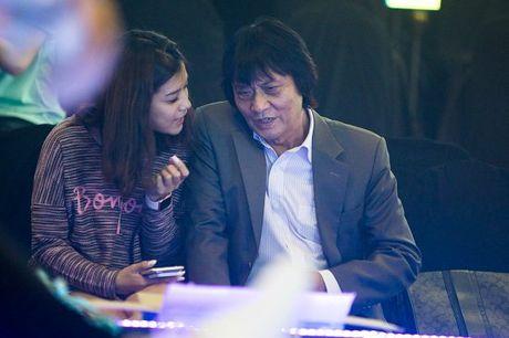 Ca si Quang Ly tung giau benh, tron vien di quay gameshow - Anh 3