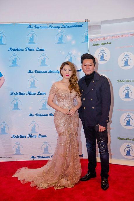 Thanh Thao long lay lam giam khao cuoc thi hoa hau - Anh 4