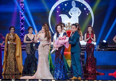 Thanh Thao long lay lam giam khao cuoc thi hoa hau - Anh 8