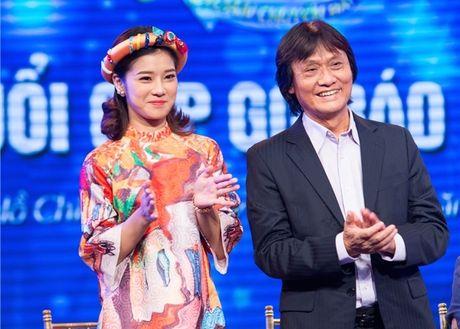 Nghe si Quang Ly tung tron vien di quay gameshow truyen hinh - Anh 2