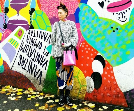 Chon do du lich mua lanh phong cach nhu fashionista - Anh 12