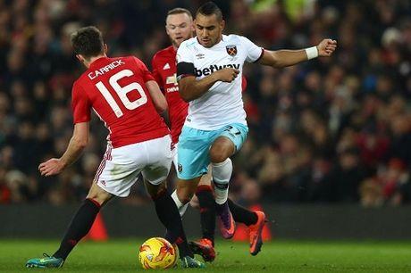DIEM NHAN Man United 4-1 West Ham: Mourinho khong the loai bo Mkhitaryan. Hang cong rat manh - Anh 3