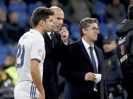 Real Madrid 6-1 Cultural: Con trai cua Zidane vua ra mat da ghi ban, Real vao vong 1/8 - Anh 1