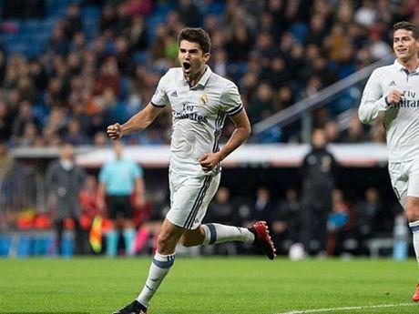 Zidane noi gi khi con trai ghi ban o tran ra mat Real Madrid? - Anh 1