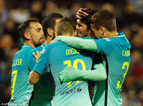 Hercules 1-1 Barcelona: Khong MSN, Barca bi doi hang 3 cam hoa - Anh 2