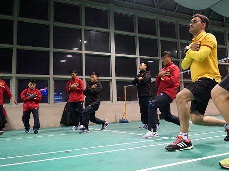 Tuyen futsal Viet Nam gan nhu co lap khi thi dau o Trung Quoc - Anh 8