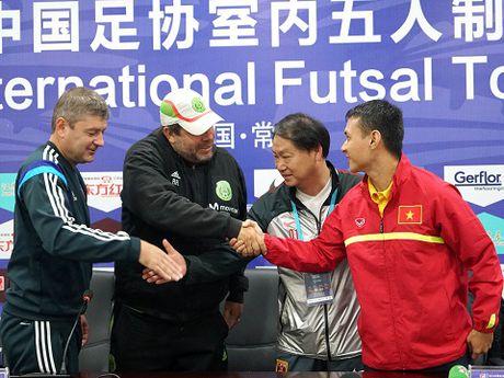 Tuyen futsal Viet Nam tap nhe, tu tin gap doi thu hang 10 the gioi - Anh 7