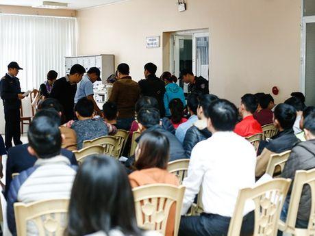 Nhu cau ve tran luot ve Viet Nam - Indonesia can moc 100.000 ve - Anh 1