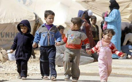 UNICEF: 100.000 tre em Syria dang mac ket trong 'dia nguc tran gian' - Anh 1
