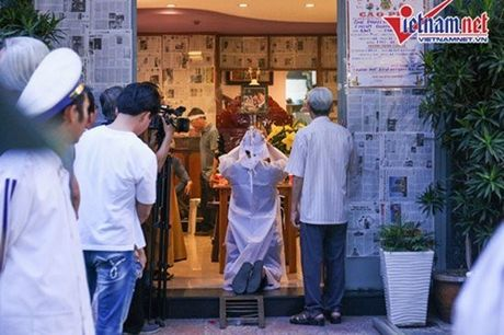 Nhung hinh anh dau tien trong tang le NSUT Quang Ly - Anh 7