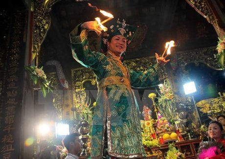 Tin nguong tho Mau Tam phu cua nguoi Viet tro thanh di san the gioi - Anh 1