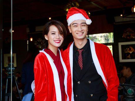 Nha san xuat Slim V lam dia hoa tau 'Christmas' cho ban gai - Anh 1