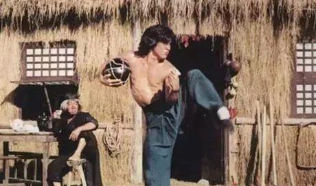 Thanh Long ngay cang bo xa Ly Lien Kiet tren phim truong - Anh 2