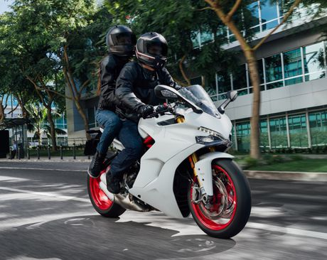 Can canh Ducati Supersport 2017: Chiec xe dep nhat EICMA 2016 - Anh 10
